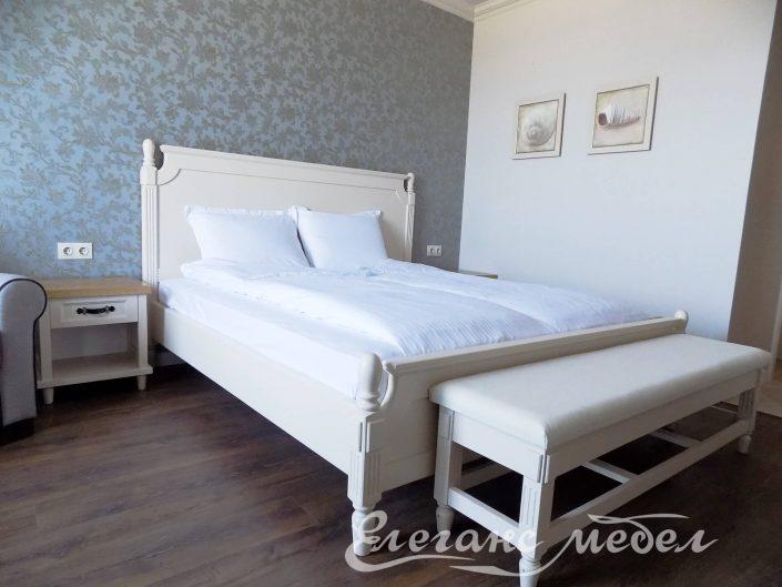 Спалня и лежанка от масив