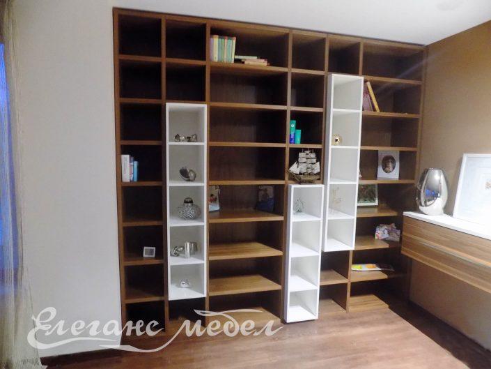 Мебели за,холна секция