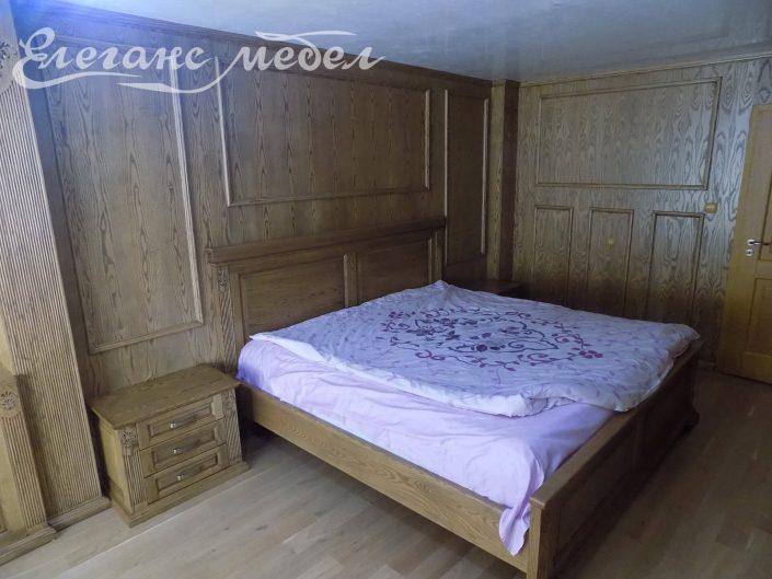 Легло от масив с облицовка на стени