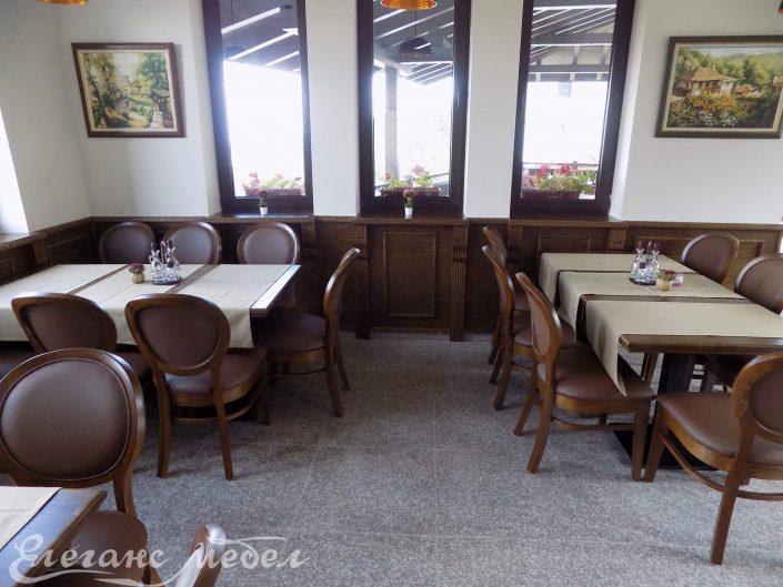 Дървени трапезни маси за ресторант