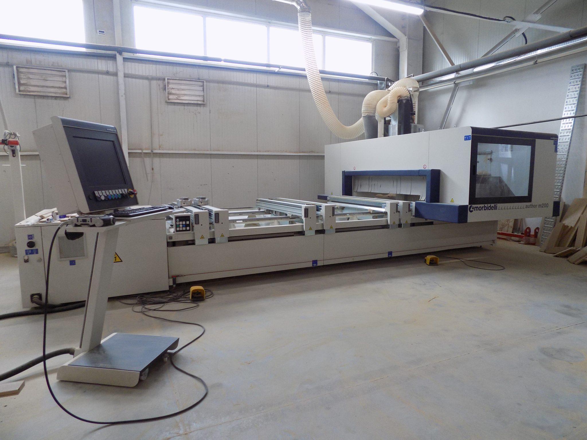 CNC машина за мебелна обработка